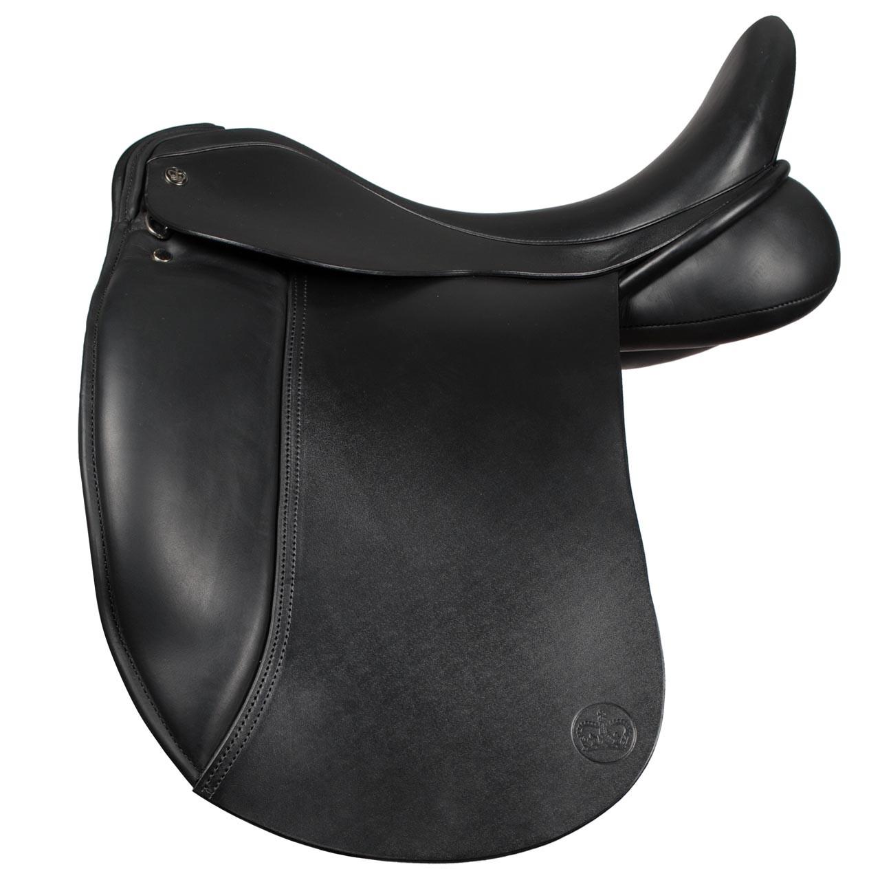 Ideal Tonishia dressuurzadel zwart maat:17.5 mw